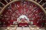 Séance du 23/06/2009 : Palais Bourbon - L'hémicycle ou Salle des séances vu de la verrière de la salle des lampes.fichiers Raw disponibles